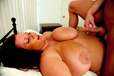 BBW Rose Gets Glazed with Cum